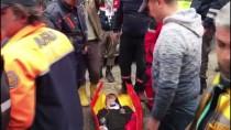 Bartın'da Minibüs Evin Duvarına Çarptı Açıklaması 17 Yaralı