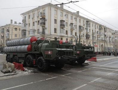 Başbakan Yardımcısı Işık: Türkiye'ye S-400 ambargosu mümkün değil