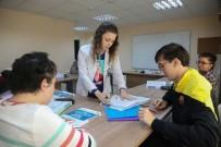KAMU PERSONELİ - Engelsiz Yaşam Merkezinde EKPSS Eğitimi Verildi