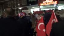 GAZİLER DERNEĞİ - 'Mehmetçiğe' Destek İçin Tekbir Ve Dualarla Sınır Bölgesine Gittiler