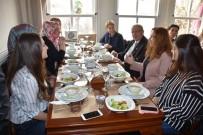 TÜRK BİRLİĞİ - Başkan Albayrak Yunanistan İskeçe Türk Birliği Kadın Kolları Üyeleriyle Buluştu