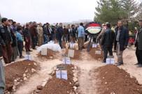 YEŞILKENT - Feci Kazada Ölen 9 Kişi Gözyaşlarıyla Defnedildi