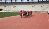 BAYRAK YARIŞI - Haliliye Atletizm Takımından Önemli Başarı