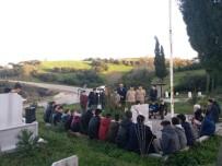 HÜSEYİN ÇETİN - Lapseki'de Öğrenciler Şehidin Mezarını Ziyaret Etti
