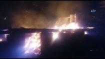 Şömineden Çıkan Yangın, İki Katlı Evi Küle Çevirdi