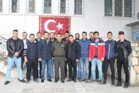 ASKERLİK ŞUBESİ - Ayvalık'ta AK Gençlik'ten TSK'ya 'Afrin' Desteği