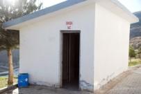 CAMİ İMAMI - Caminin Tuvalet Kapısını Çaldılar