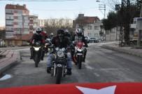 ASKERLİK ŞUBESİ - Eskişehir'de 180 Araçla Konvoy Yapıp Asker Olmak İçin Dilekçe Verdiler