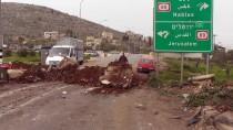 BOĞULMA TEHLİKESİ - İsrail, Batı Şeria'da Bir Beldenin Girişini Kapattı