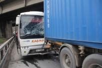 KANBER - Midibüs Tıra Çarptı Açıklaması 7 Yaralı