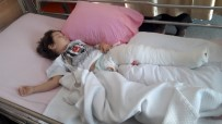 BAŞKENT ÜNIVERSITESI - Motosikletle Şov Anne Ve 3 Yaşındaki Oğlunu Canından Ediyordu