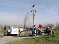 İKIKÖPRÜ - Pompalı Tüfekle Elektrik Panolarına Saldırdılar