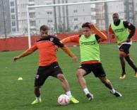 MINYATÜR - Adanaspor, Manisaspor Maçı Hazırlıklarına Başladı