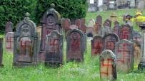 YAHUDI - Almanya'da Yahudilere Karşı İşlenen Suçlarda Artış Kaydedildi