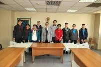 VOLEYBOL TAKIMI - Başkan Şirin'den Genç Şampiyonlara Jest