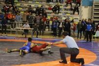 MUSA AYDıN - Büyükşehir Güreş Takımı Final Müsabakalarına Katılacak