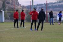 EMANUEL - Evkur Yeni Malatyaspor'da Erol Bulut'tan Futbolcularına Uyarı