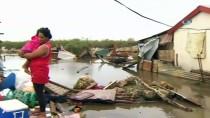 TONGA - Gita Kasırgası, Tonga'da Parlamento Binasını Vurdu