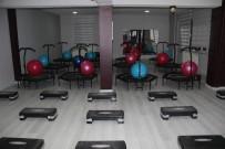 KADIN GİRİŞİMCİ - Hakkari'de Kadınlara Özel İlk Spor Salonu Açıldı