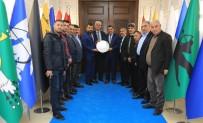KANAAT ÖNDERLERİ - Platform Başkanı Akın'dan Yeni Binaya Övgü