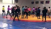 DÜNYA GÜREŞ ŞAMPİYONASI - Şampiyon Güreşçi, Kadın Sporcuların Yolunu Aydınlatacak