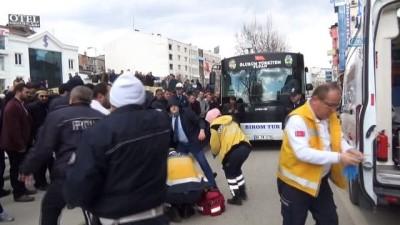 Servis Otobüsünün Çarptığı Şahıs, Hayatını Kaybetti