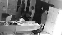 FAILI MEÇHUL - Turgutlu'da İş Yeri Hırsızları Yakayı Ele Verdi