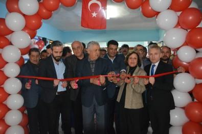 'Z' Kütüphane Törenle Açıldı