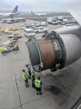 BOEING - ABD'de Uçağın Motor Kapağı Havada Koptu