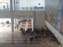 UÇAK TRAFİĞİ - Ağrı Ahmed-İ Hani Havalimanı'nda 28 Bin 330 Yolcuya Hizmet Verildi