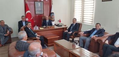 AK Parti Heyeti Başkan Aslantürk İle Bir Araya Geldi