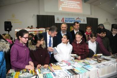 Çan Belediyesi 4'Üncü Kitap Fuarı'nda Yüzlerce Kitapsever Buluştu