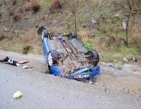KAVACıK - Devrilen Otomobilde 2 Kişi Yaralandı