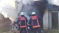 YANGINA MÜDAHALE - Elazığ'da Ev Yangını