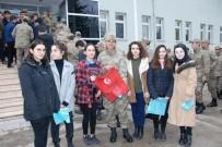 AY YıLDıZ - Erbaalı Öğrencilerden Jandarmaya Anlamlı Hediye