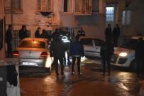KİMLİK BİLGİSİ - İzmir'de Dehşet Açıklaması Sokak Ortasında Yanarak Öldü