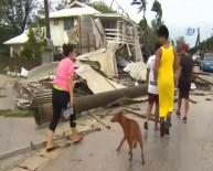 TONGA - Kasırga Parlamento Binasını Vurdu