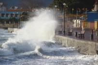 CUNDA ADASı - Kuzey Ege'de Lodos Fırtınası Etkili Oluyor