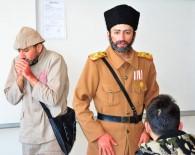 Lapseki'de 'Çat Kapı Projesi'  Tiyatro Etkinliği
