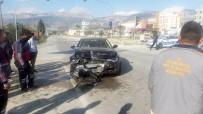 MAKAM ARACI - Makam Aracı Kaza Yaptı, Belediye Başkanı Ve 3 Kişi Yaralandı