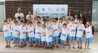 TÜRKİYE YÜZME FEDERASYONU - 'Sevgi İle Yüzüyorum Projesi' Başladı