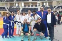 BÜYÜK KULÜP - Türkiye Judo Şampiyonası'nda Zafer Nilüfer'in