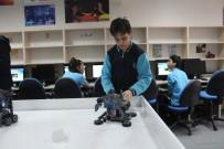 MUSTAFA ALTıNTAŞ - Vali Hüseyin Aksoy, Dumlupınar Ortaokulu Robotik Atölye Açılışına Katıldı