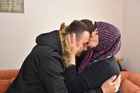 KEMAL ÇEBER - Afrin Gazisi, Şehit Komutanı Ömer Bilal Akpınar'ın Kabrini Ziyaret Etti