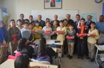 İL MİLLİ EĞİTİM MÜDÜRLÜĞÜ - Başarı Öğrencilere Spor Malzemesi Dağıtıldı