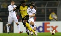 BORUSSIA DORTMUND - Borussia Dortmund, 90'da güldü