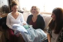 BEBEK BAKIMI - Büyükşehirin 'Hoş Geldin Bebek' Projesi Devam Ediyor