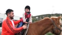 ENGELLİ ÖĞRENCİLER - Engelli Çocuklara Atlı Terapi