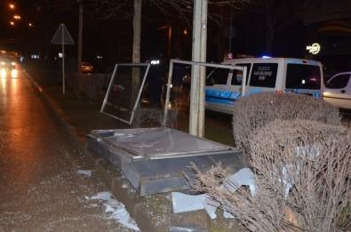 Kaza Yapan Alkollü Şahıs Polis Ekiplerine Zor Anlar Yaşattı
