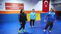 MİLLİ SPORCU - Milli Güreşçinin Hedefi, Memleketinde Şampiyon Olmak